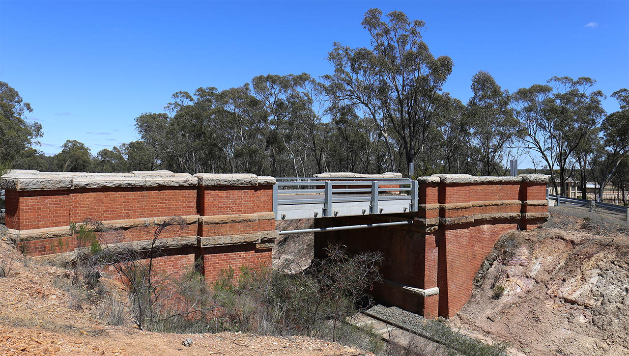 Bridge on Huntly-Fosterville Rd
